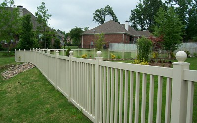 4' pool fencing (TAN)