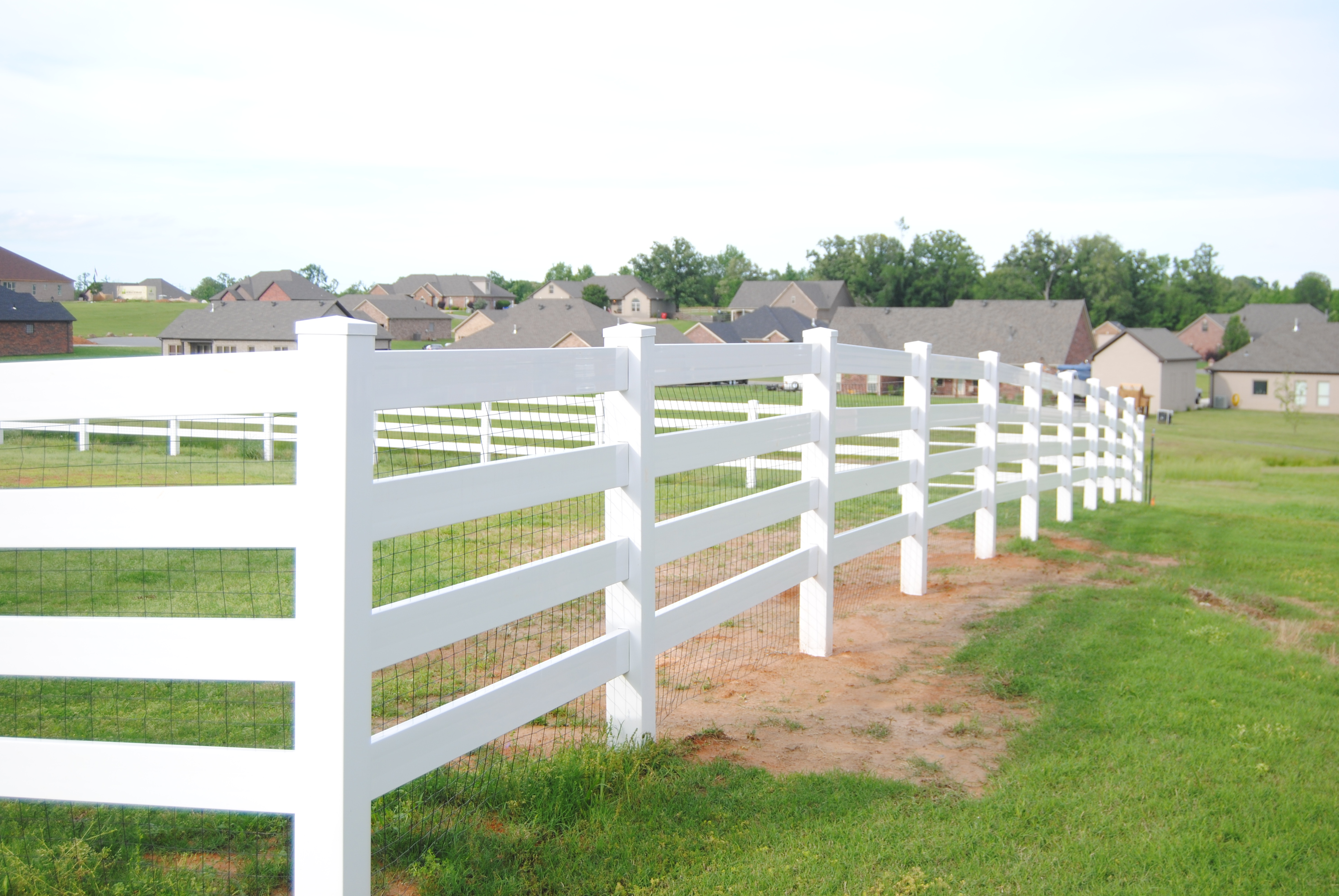 Perfect Hog Wire Deck Railing Ideas Picture Collection - Simple ...