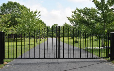 Estate steel arched single swing gate