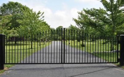 Estate steel arched single swing gate